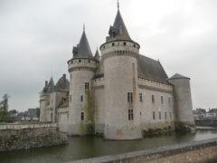 Sully-sur-Loire, château