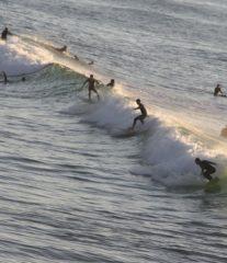 surfeurs à Biarritz