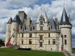 Rochefoucault-chateau